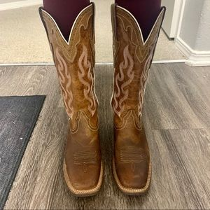 Ariat Women Western Leather boots